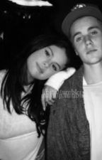 His girl  by jelenaabizzle