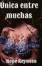 Única entre muchas. by LeslieFrias2