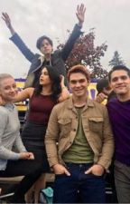 Riverdale Texts (It Gets Wild!!) by idea_girlie