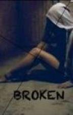 Broken (Niall Horan fanfic) by MrsHoran1903