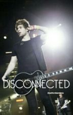 Disconnected || Luke Hemmings  by ashtvnbandanas