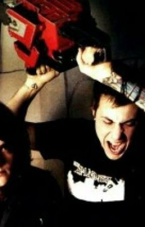 Underpressure (Gerard Way and Frank Iero Fanfic/love story) by scarlet_bloom9