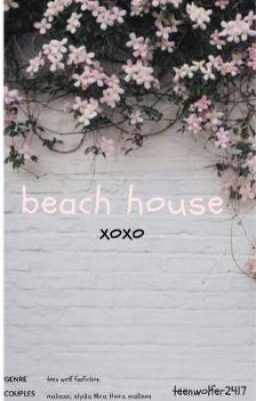 Close beach house teen #1