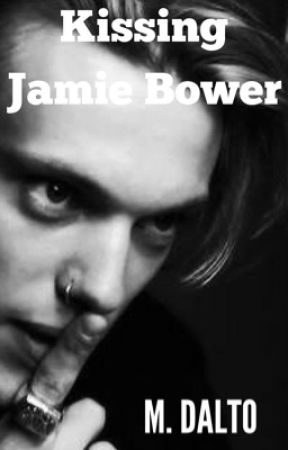 Kissing Jamie Bower by druidrose