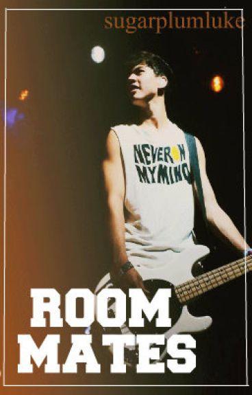 Roommates || Calum Hood