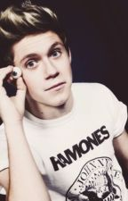 Un mounstruo enamorado [Niall Horan y tu] by fucckash
