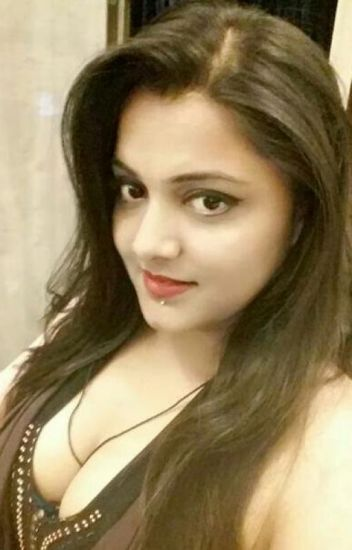 Girls in mumbai