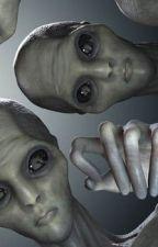 A Falsa Invasão Alienígena by ana_rodrigues23