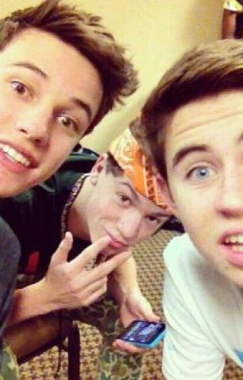 Torn Between Two... (A CameronDallas and TaylorCaniff fanfiction)