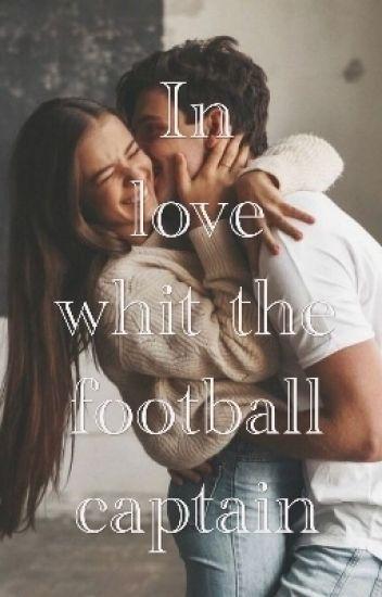Влюбена във футболния капитан