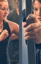 Dos Guerreras Katniss & Tris by axa_trevino