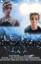 Disconnected (Luke Hemmings y tú) by Lukeisapenguin00