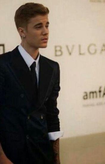 El Jefe acosador. (Justin Bieber & Tu) ADAPTADA
