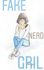 Fake nerd gril by tataa37