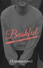 Bashful [Traducción] by hesofthing