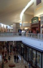 Fun at the mall by locomoticopter