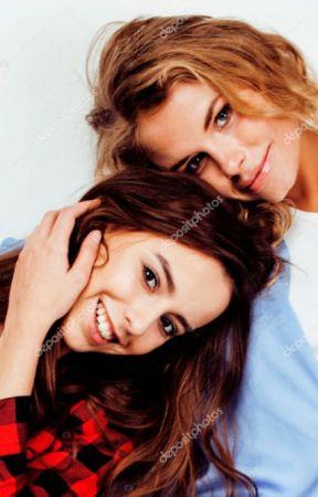 Lésbico +18 Lesbianas en mi departamento by Leonore40k