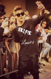 Selfie by Luss94