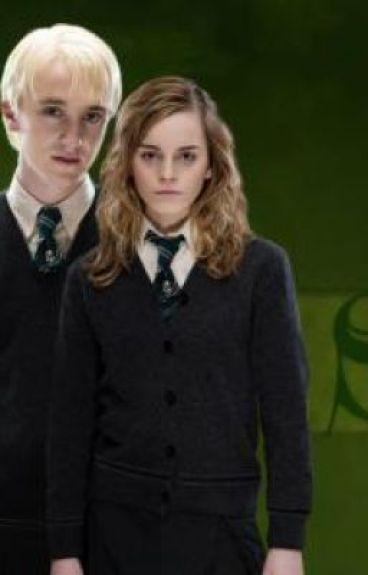 hermione grangers secret ( dramione )