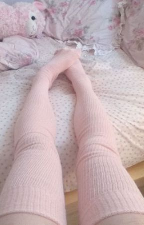 knee socks by assthetic_whore