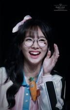 Fallen In Love With A Nerd(Nayeon X Reader) by MJ-Aliga