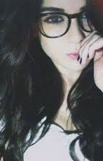 401d6dd497 chicas lindas con gafas - Karol svu - Wattpad