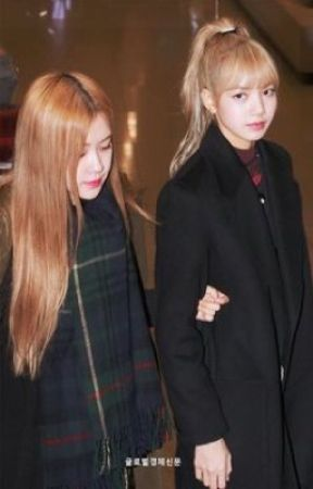 I will, if you stay with me //Chaelisa FF by chiminjoon