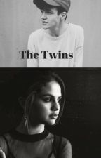 The Twins by ManonCestMoiLanonyme