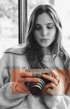 𝑢𝑛𝑎 𝑓𝑜𝑡𝑜 𝑒𝑛 𝑏𝑙𝑎𝑛𝑐𝑜 𝑦 𝑛𝑒𝑔𝑟𝑜  {𝒋𝒖𝒍𝒊𝒂𝒏𝒕𝒊𝒏𝒂} by polaroidslauren