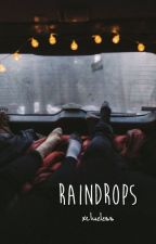Raindrops ➤ A Portuguese Calum Hood Fanfiction by xclueless