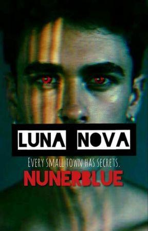 Luna Nova by Ang3leyeddvl