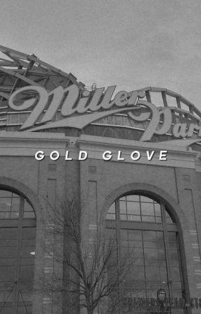 𝙂𝙊𝙇𝘿 𝙂𝙇𝙊𝙑𝙀 | mlb gif hunt by baseballcommunity