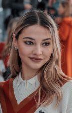 A outra filha de Bella Swan by emilysamapaio