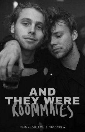 And They Were Roommates [LASHTON MPREG] by Emmylou_lou