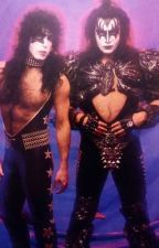 {Paul Stanley x Gene Simmons} |Fanfic| by thayer_fan_102