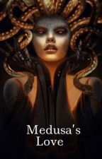 Medusa's Love  by lizzie657