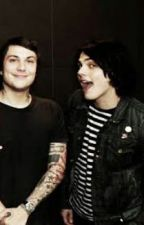 Oh, How Things Change (frerard mpreg) by AdrenalineDimension