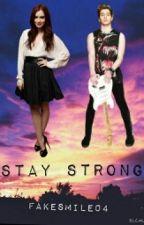 Stay Strong |Luke Hemmings & Tu| |Terminada| ~Editando~ by fakesmile04
