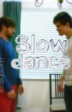 Slow dance (Ianthony) by notBoxman