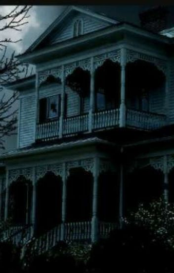 The Horrors Of Living In A Haunted House 2 - Savahna Carter