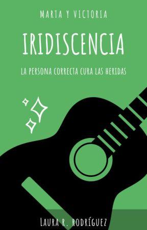 Iridiscencia Capítulo 4 Terraza De Café Por La Noche