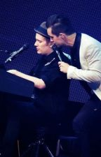 Miss Jackson (A Panic! at the Disco and Fall Out Boy Fanfiction) //ON HOLD// by Summers13