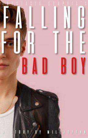 Falling For The Bad Boy (IAUSS) by MilejdyVan