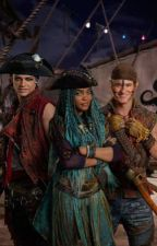 Jaclyn Sparrow (daughter of Captain Jack Sparrow) | A Descendants story by MagicWriterAu