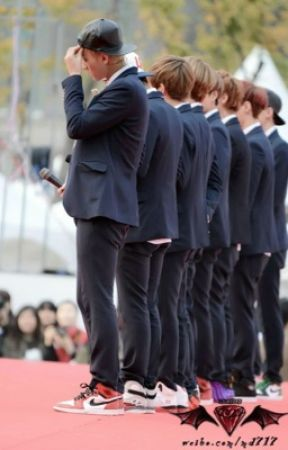 The Life of EXO by tiffu1