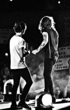 Love hurts  by louistomlinson28_