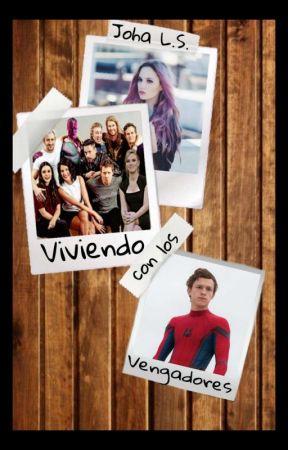 Viviendo Con Los Vengadores  by Linyls214