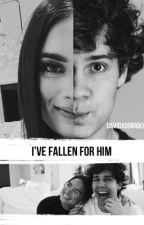 I've fallen for him  by DavidxDobrikx