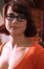 Velma gets her girl by barricadeknockout