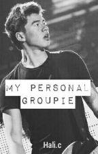 MY PERSONAL GROUPIE  ~ calum hood (terminada) by mrsclifford96